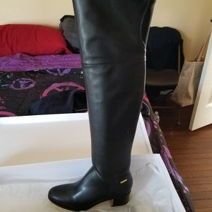 Knee high Calvin Klein boots brandnew